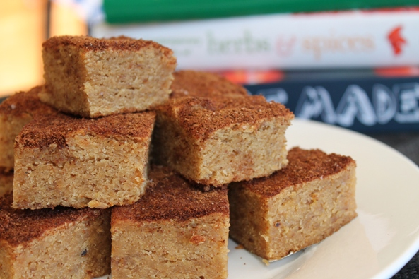 cinnamon toast spice blondies
