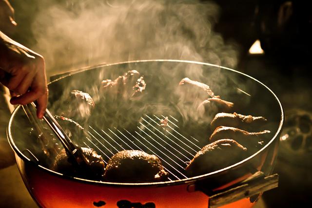 grilled chicken, grilling chicken