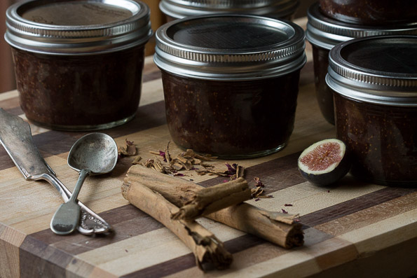 advieh_fig_jam_canned