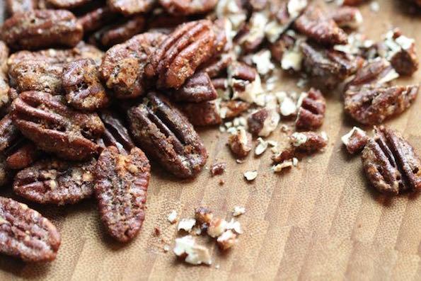 Harissa spiced pecans