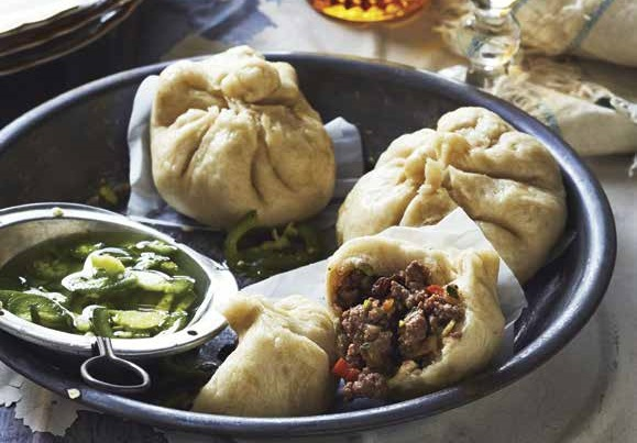 Steamed Cuban Beef Buns (with Chicken Stock)